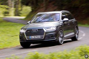 Audi sq7 2016 с мощным и тяговитым дизельным мотором v8