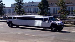 Автомобиль на свадьбу – какой выбрать?