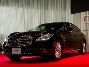 Автомобиль nissan - новинка 2010 года
