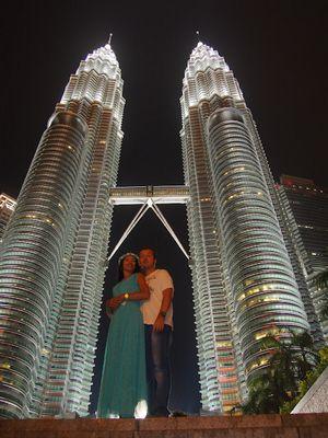 Башни петронас во всей красе!)замечательный куала- лумпур!)малайзия.
