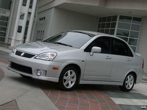 Городской авто suzuki liana
