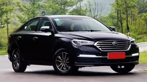Hyundai назвал рублевые цены на модель i40 нового поколения