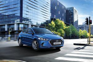 Hyundai представила первый скетч седана elantra следующего поколения