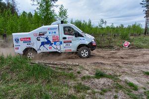 Экипажи команды маз-спортавто финишировали на шестом этапе дакара-2014 на 13-м и 28-м местах