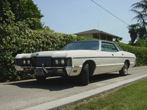 Легендарные американские ретро автомобили в хорошем состоянии