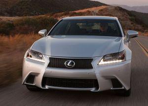 Lexus - новый спортивный седан, модель gs f