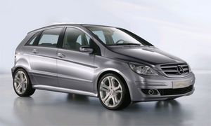 Mercedes-benz a-class 2-поколения