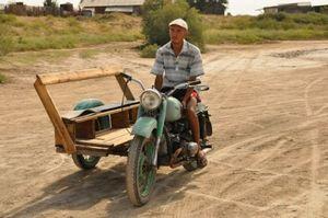 Мотоциклисты просят разрешить движение по выделенным полосам