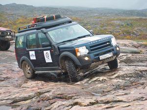 Обновленный land rover discovery sport поможет вспомнить о забытых вещах