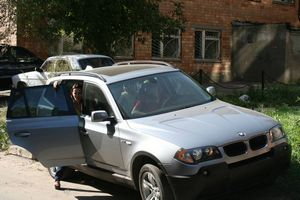 Отзыв об автомобиле bmw x3, 2004 год.