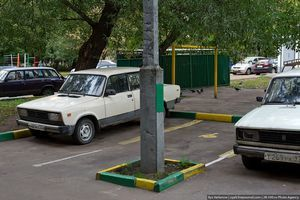 По 30 парковочных мест появится в каждом дворе москвы