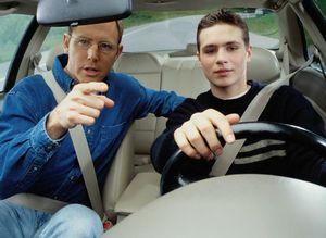 Почему сейчас нужно уметь водить машину